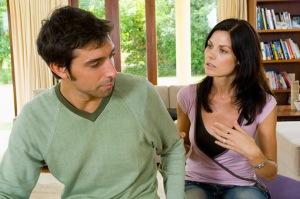Couple-Talking019